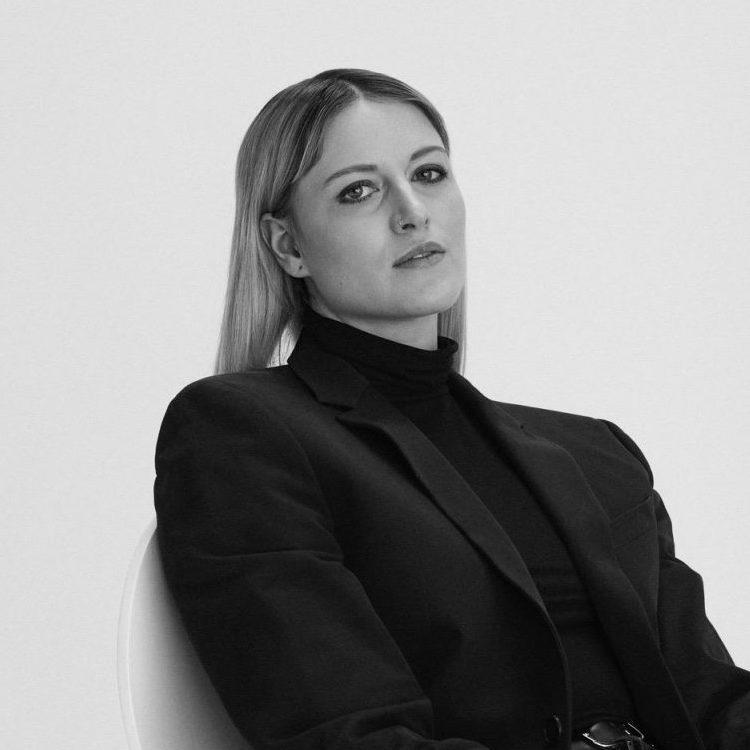 Gina Bullwinkel-About Us Kopie